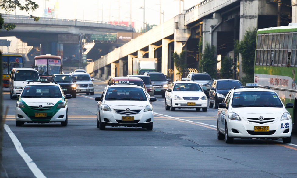 LTFRB urged to fix taxi flagdown rate at P30, lower UV